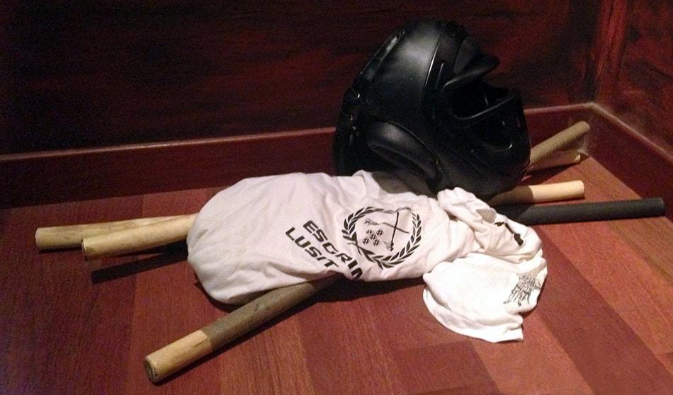 Jogo do Pau de Cascais equipamento de treino no Chão